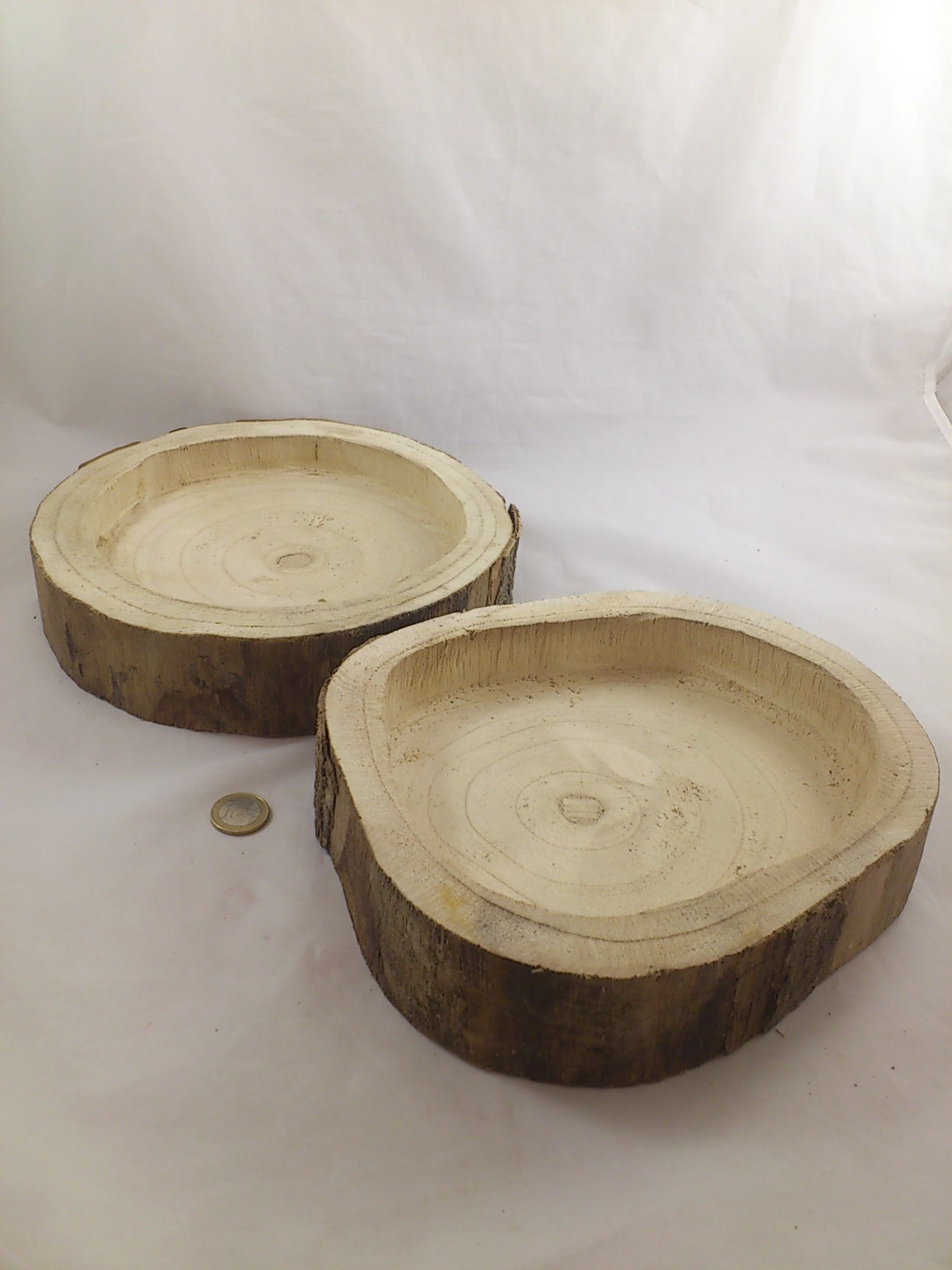 06d3e73a74a5 Wooden bowl Ø + - 25 cm H 5 cm - Bloemschikken ...
